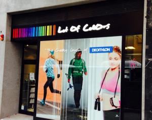 Durante 2015, Decathlon ha basado su expansión en España a través de la apertura de tiendas Lot Of Colors.