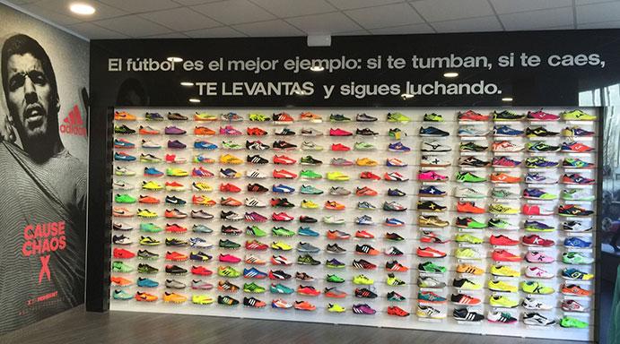 Fútbol es Fútbol amplía su tienda central y se lanza al canal online