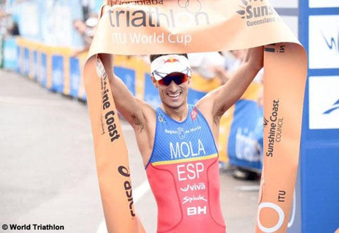 El atleta de BH Mario Mola vence en Mooloolaba
