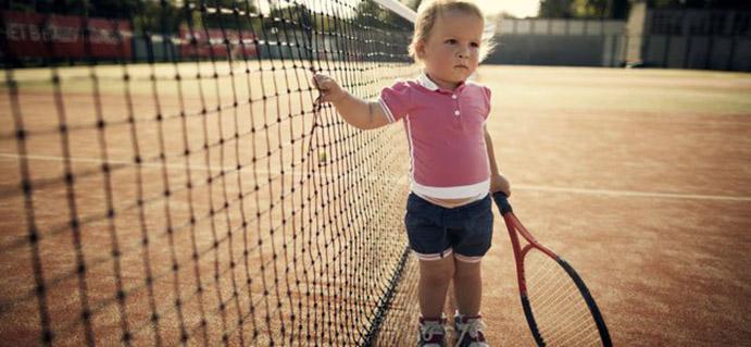 tenis infantil tiene aspectos positivos y aspectos negativos