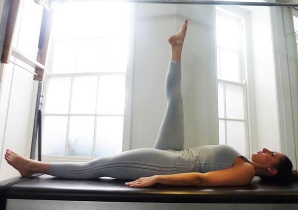 Cuatro ejercicios de Pilates para fortalecer los aductores