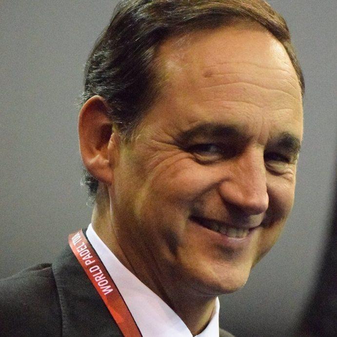Alfredo Garbisu asume la presidencia de la Federación Española de Pádel