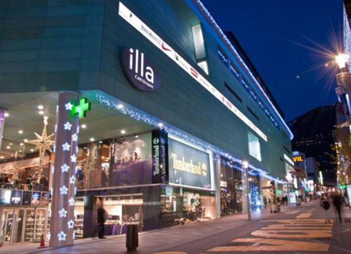 Munich abre su primera concept store en andorra cmd sport - Centro comercial lilla ...