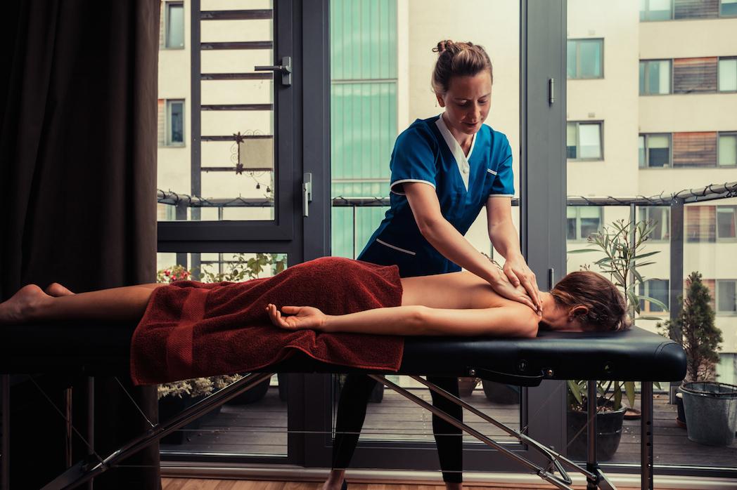 Llega a España la fisioterapia a domicilio 'on demand'
