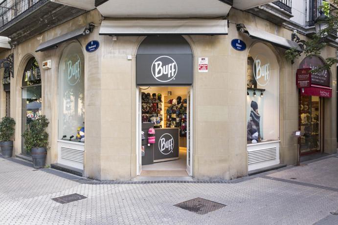 Original Buff abre su primera tienda propia en San Sebastián