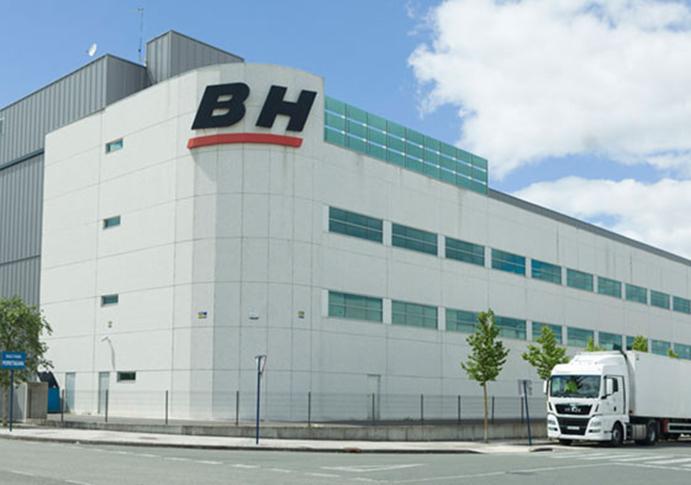 BH Bikes busca dos comerciales