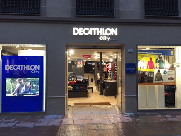 Decathlon roza las 150 tiendas en España