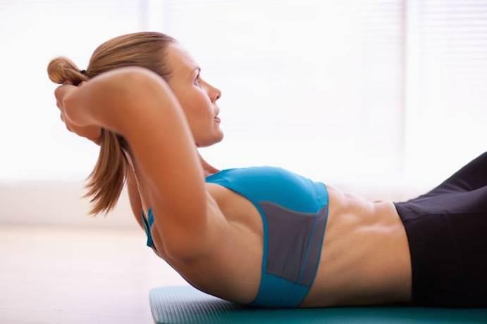 Falsos mitos sobre los abdominales