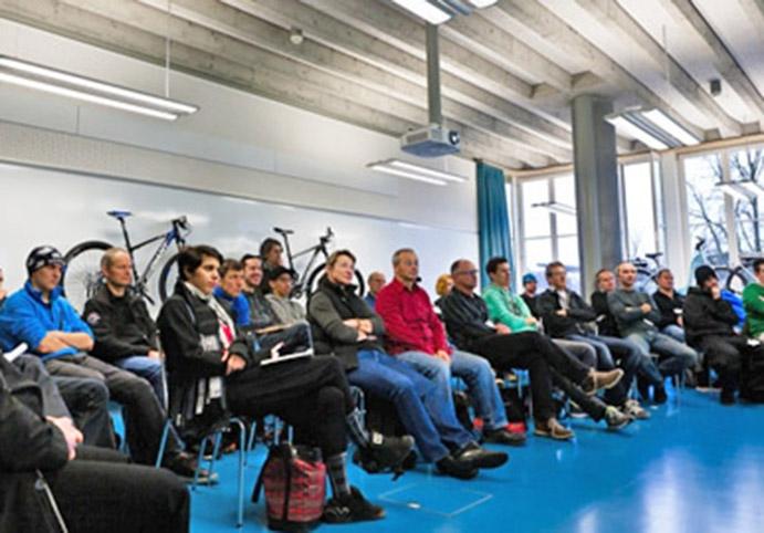 AMBE idea un encuentro anual de formación técnica para tiendas de ciclismo