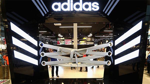 Adidas rozó los 20.000 millones de euros de facturación en 2016