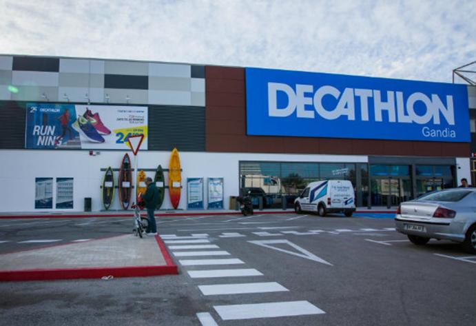 Decathlon supera las 150 tiendas tras abrir en Gandía