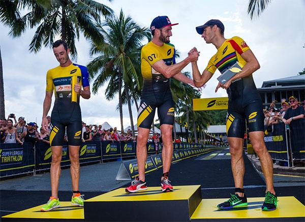 super-league-triathlon-podio