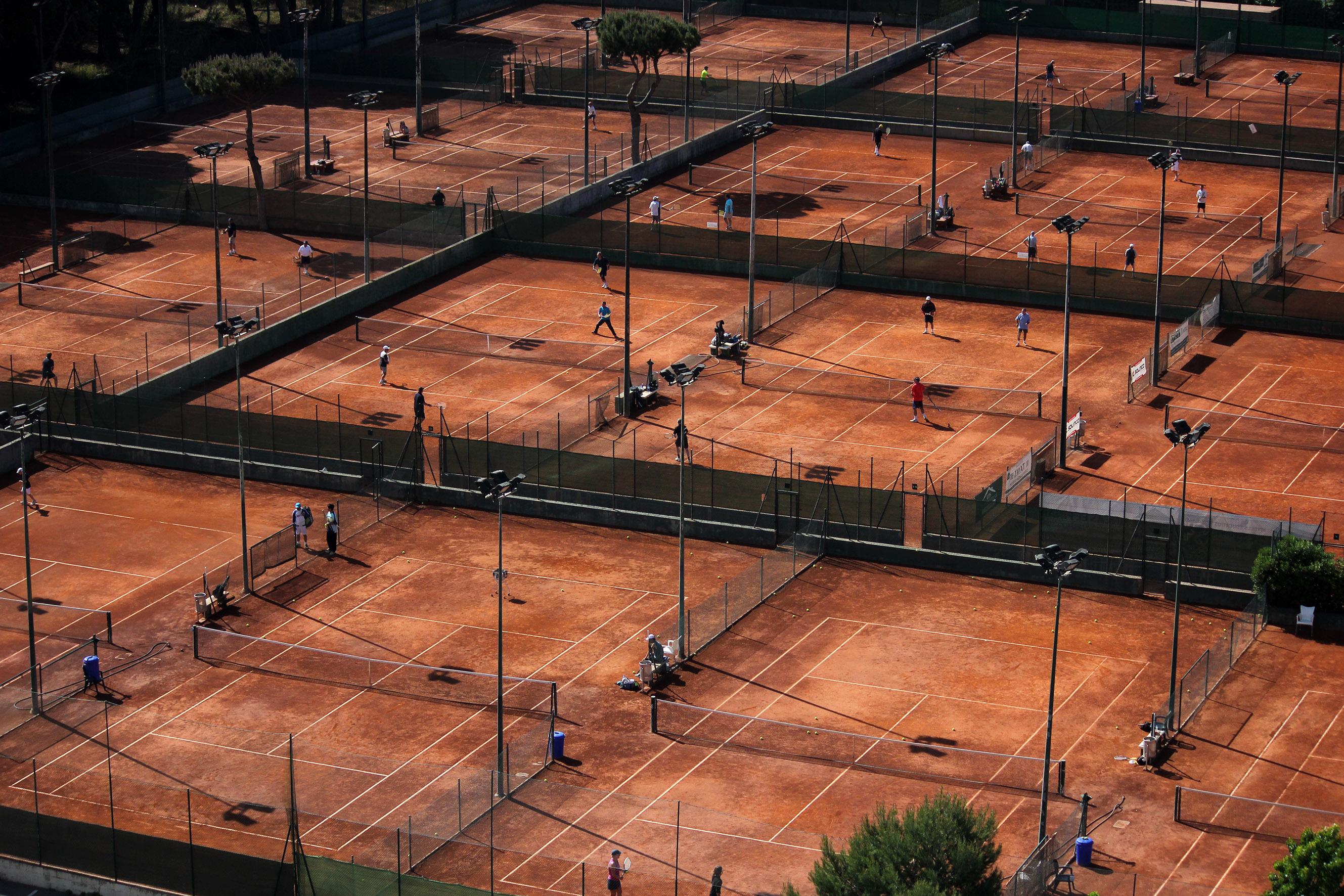 Club de Tennis Andrés Gimeno, mucho más que deportes de raqueta