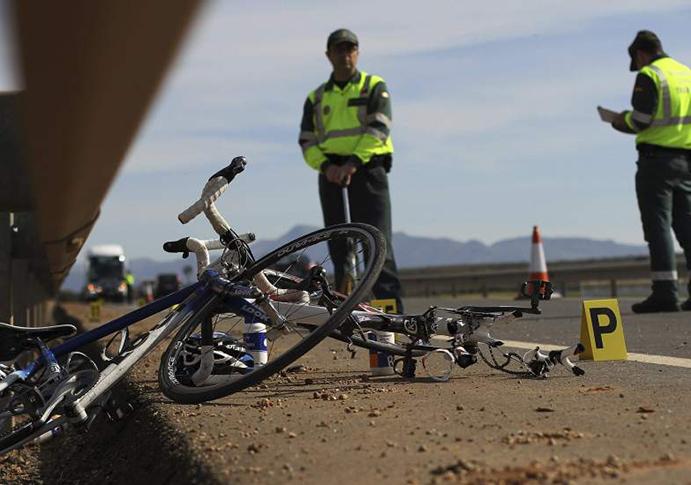 La DGT anuncia medidas para reducir los atropellos a ciclistas