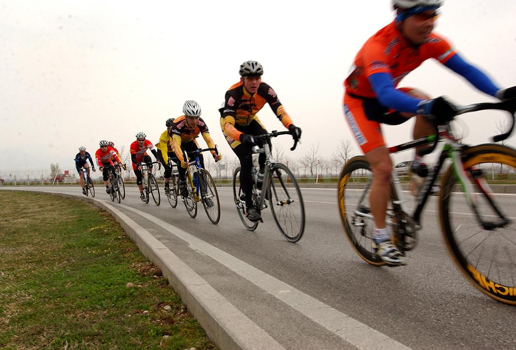 Temen la repercusión de los accidentes sobre el ciclismo de carretera