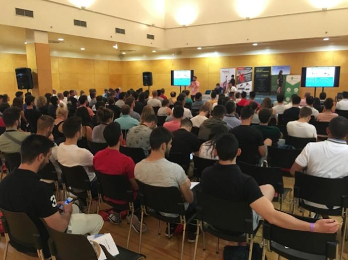Más de 200 profesionales debaten sobre el futuro del entrenamiento personal