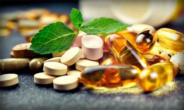 El doctor Albert Carrión advierte de los riesgos de los suplementos de testosterona