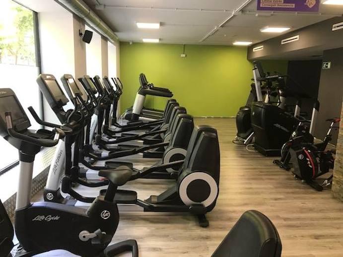 Anytime fitness abiertos las 24 horas los 365 d as cmd for Gimnasio gandia