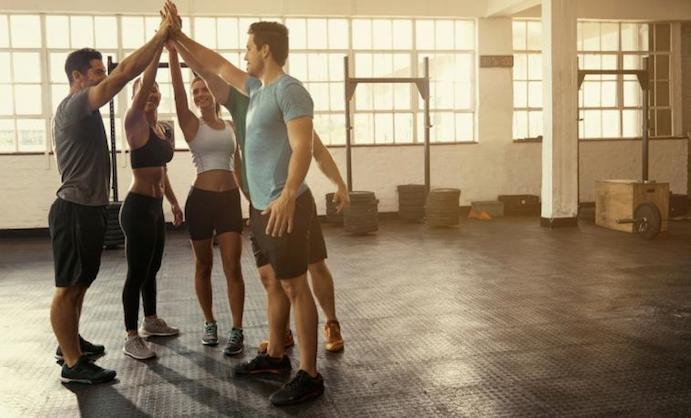 Se obtiene mejor rendimiento entrenando en grupos competitivos