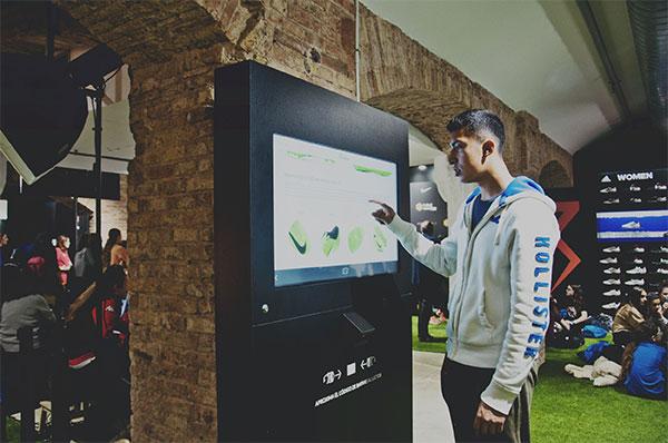 Futbol Emotion, galardonada por su conectividad en tienda