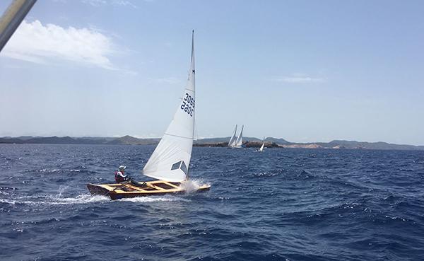 Nueva etapa con ventarrón en la Volta  a Menorca