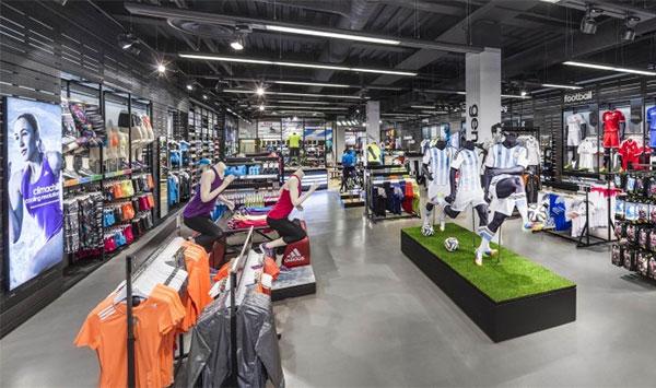 Las tiendas catalanas podrán abrir 75 horas semanales como máximo