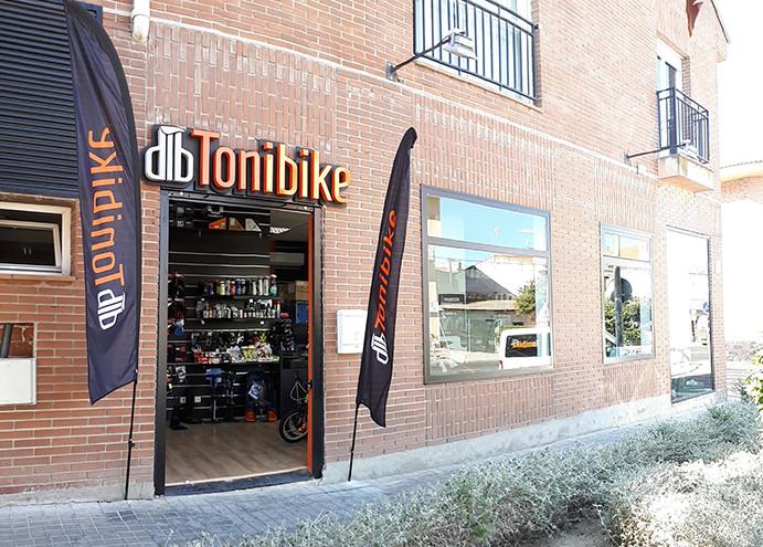 Tonibike abre su quinta tienda en el local de la extinta Bike Arena