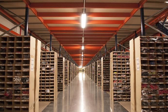 Deporvillage duplica la capacidad de su almacén con vistas al Black Friday y Navidad