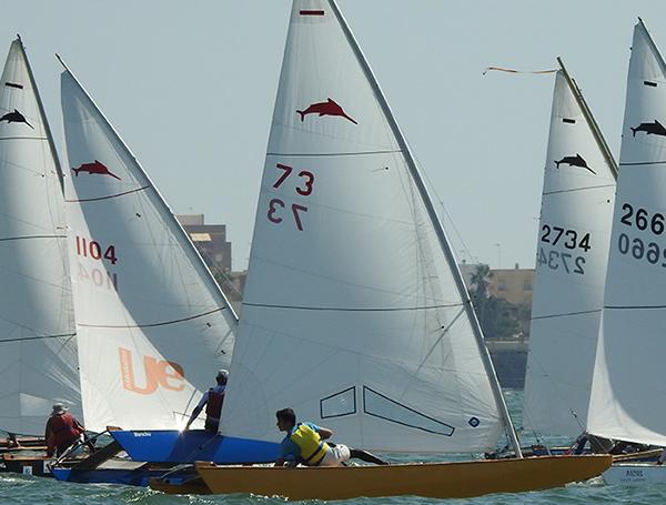 De las siete pruebas que se celebraron en el Campeonato de España de este 2017 en Chipiona, el patrón del patín a vela 3022, Íñigo Puig, logró clasificarse en cuatro de ellas entre los diez primeros. Ello avala que, la embarcación posee un gran potencial por explotar todavía.