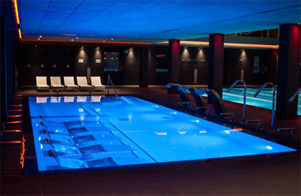 Piscina wellness barcelona premiar la innovaci n en for Piscina wellness barcelona