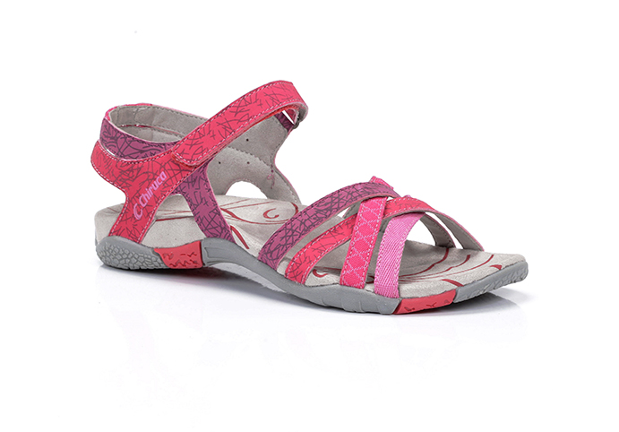 Chiruca apuesta por el colorido en su nueva colección de sandalias