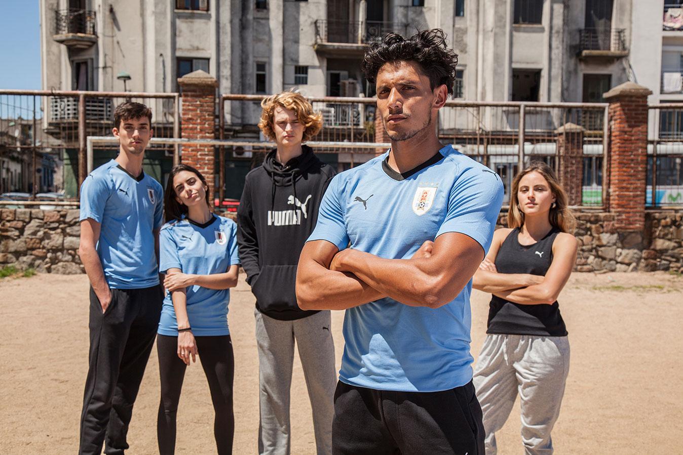 Puma presenta la camiseta de Uruguay