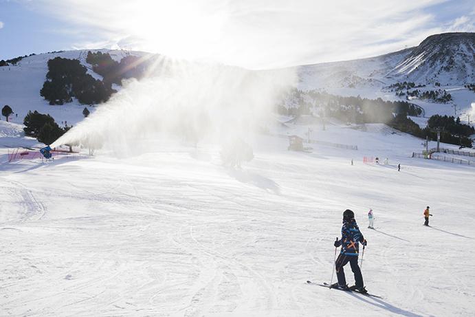 Grandvalira recibe 60.000 esquiadores durante el puente de la Purísima