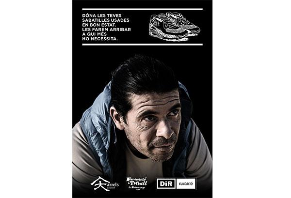 DiR recoge ropa y zapatillas deportivas para personas sin hogar