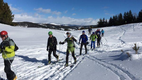 Salomon enseña las técnicas del esquí de montaña a sus clientes