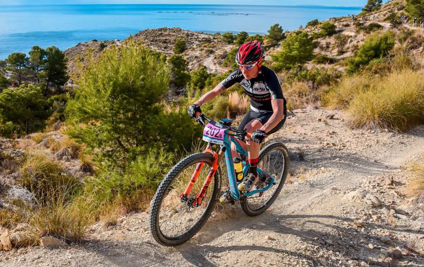 Alpcross renueva su patrocinio con el Olympia Factory Cycling Team
