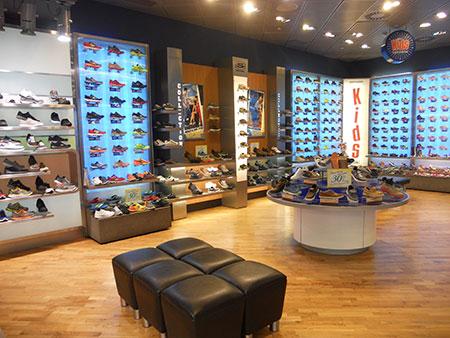 Skechers alcanza las mil tiendas propias a nivel mundial