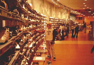 Las 31 tiendas de Calderon facturaron 19,2 millones en 2013