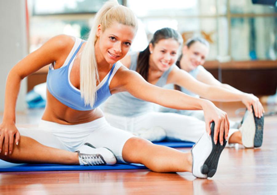 ¿Se deben realizar estiramientos para evitar lesiones o eliminar tensión muscular?