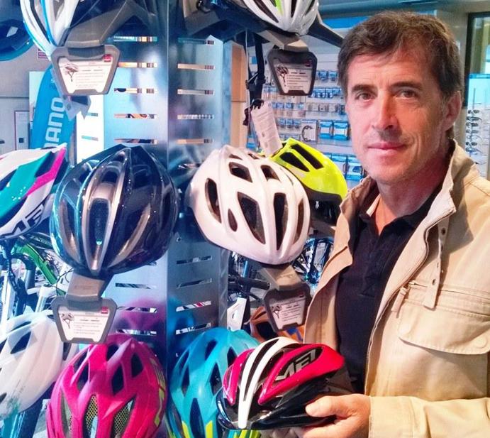 Perico Delgado colaborará en el desarrollo tecnológico de los cascos Met