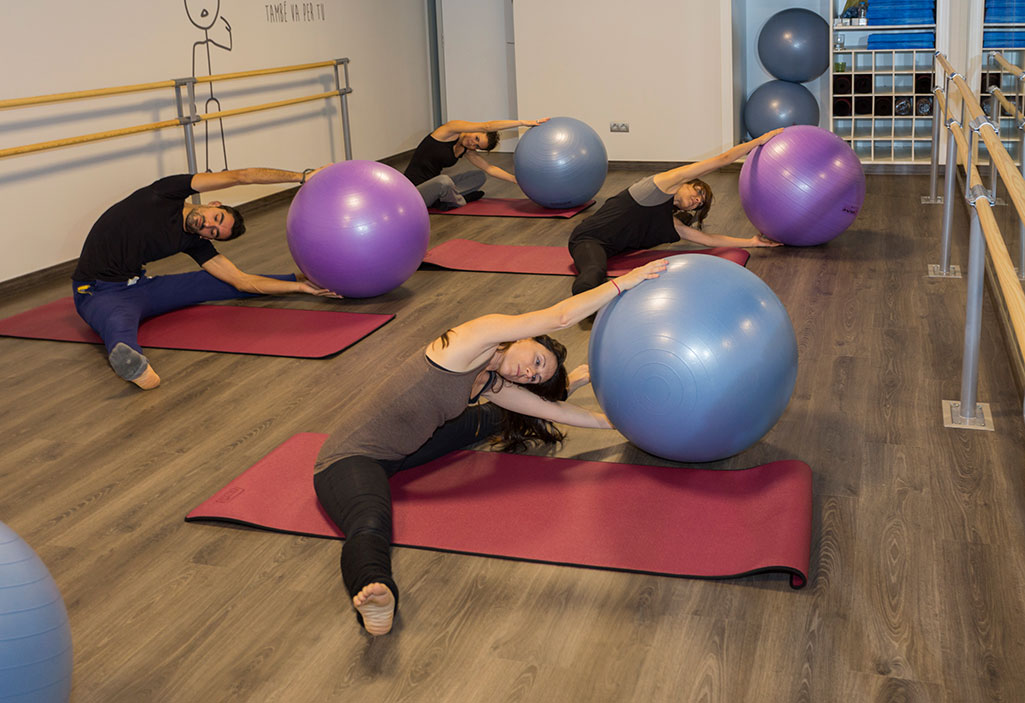 Adoptar una buena postura en nuestro día a día puede mejorar  significativamente la salud de nuestra espalda cec6588c21b8