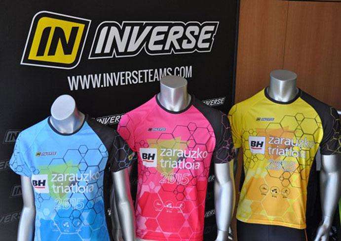 Inverse diseña una vistosa camiseta para el BH Zarauzko Triatloia