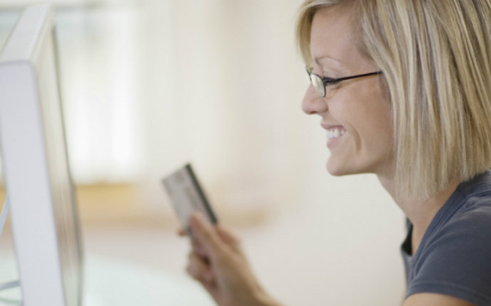 4ad5b71c815b Las mujeres compran más por Internet que los hombres - CMD Sport