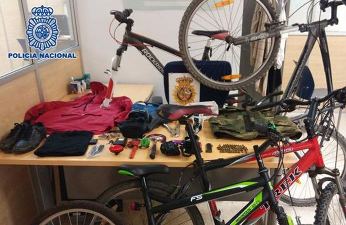 Dos detenidos por robar bicis y venderlas en Internet