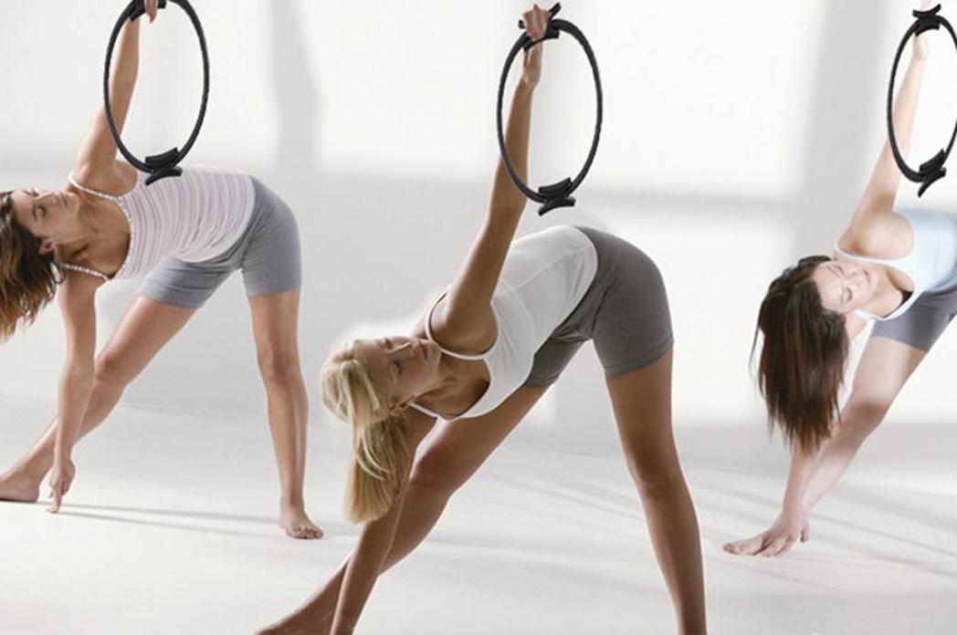 Qué es y cuáles son los beneficios del aro mágico de Pilates
