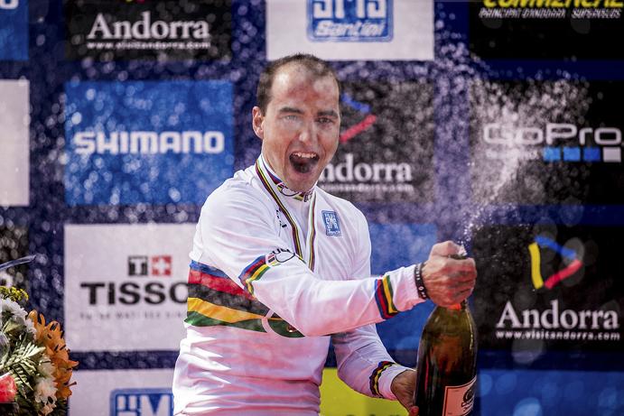 Nino Schurter cierra en Andorra una temporada redonda
