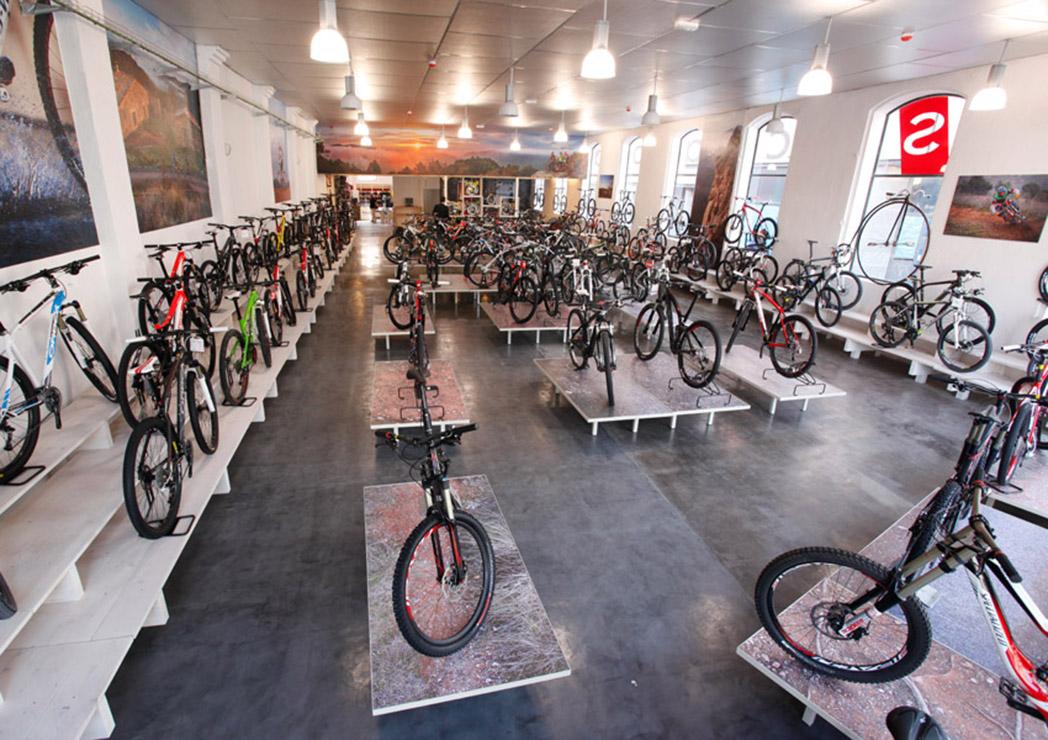 El Top 10 de las tiendas de ciclismo más grandes de España