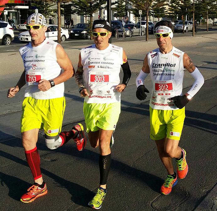 Javi Conde acaba en Melbourne su 27º Maratón Solidario