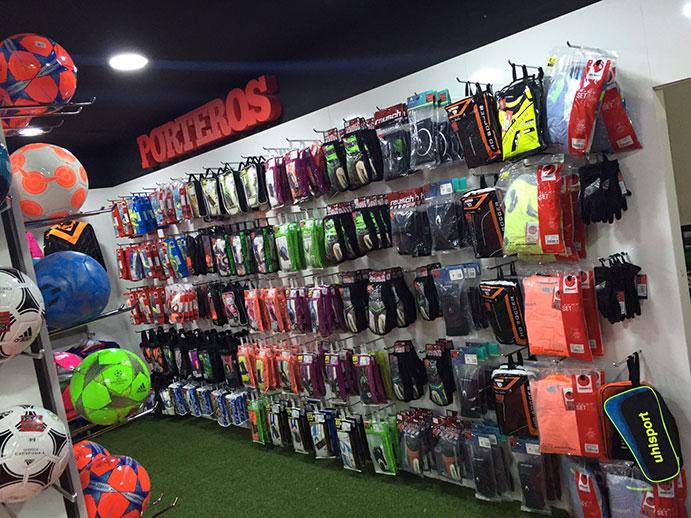Tienda Solo Fútbol abre en Marbella e inicia su expansión - CMD Sport 1f82c6a464ffb