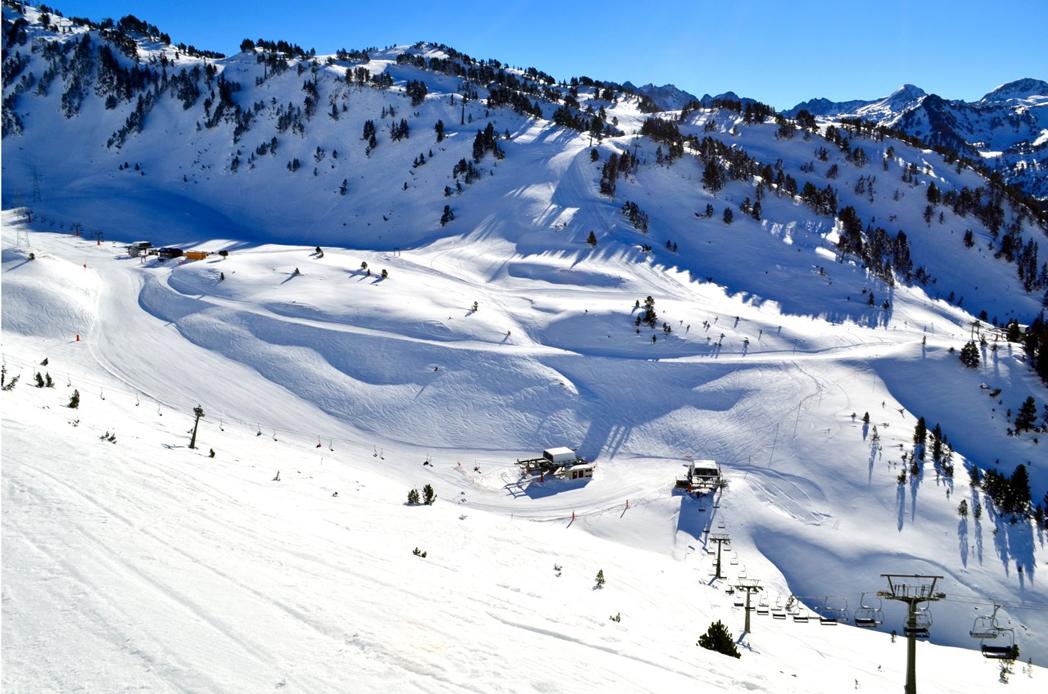 Las estaciones de esquí, listas para el Puente de la Purísima